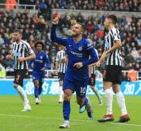 Eden Hazard marcó el primer gol para los 'blues'. Foto: LINDSEY PARNABY / AFP