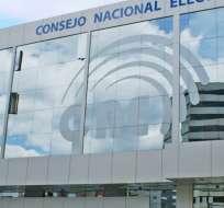 QUITO, Ecuador.- La comisión técnica del Consejo transitorio tiene cinco días para verificar inscripciones al CNE. Foto: Archivo