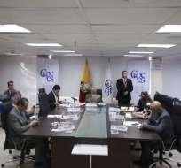 QUITO, Ecuador.- El Consejo de Participación transitorio destituyó a la presidenta y dos jueces principales. Foto: API