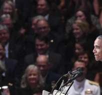 En la ceremonia de despedida se rechazó la política divisiva de Donald Trump. Foto: AFP