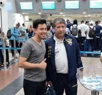 GUAYAQUIL, Ecuador.- El entrenador de la selección previo a su viaje a Estados Unidos. Foto: FEF