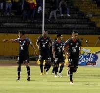 Los 'orientales' vencieron 2-1 a los 'puros criollos' en el estadio Olímpico Atahualpa. Foto: API