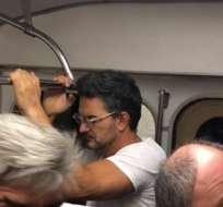 Arjona abordó el metro en Moscú