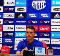 GUAYAQUIL, Ecuador.- El entrenador Mariano Soso fue expulsado del partido disputado contra El Nacional. Foto: Radio Súper K-800