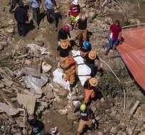 La mayoría de las víctimas fatales del tifón murieron deslizamientos de tierra. Foto: AFP