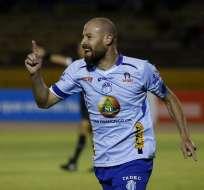 Juan Manuel Tévez marcó el gol del triunfo en el estadio Olímpico Atahualpa. Foto: API
