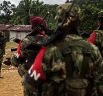 """ELN dice que """"Duque está haciendo trizas la paz"""" al desconocer a Venezuela como garante. Foto: AFP"""