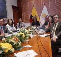 QUITO, Ecuador.- El CAL conformará una comisión multipartidista para que siga el trámite. Foto: API