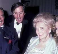 Los padres de Donald Trump con Robert Trump y su entonces esposa, Blaine, en 1985. Foto: GETTY IMAGES