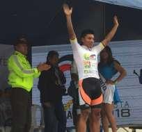El ciclista ecuatoriana también es el líder de montaña del certamen. Foto: @DeporteEc