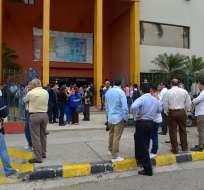 GUAYAQUIL, Ecuador.- Un grupo de docentes posesiono a la Phd Gulnara Borja como rectora el 2 de octubre. Foto: Archivo/ API.