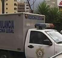 La policía continúa las investigaciones del crimen