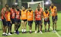 El combinado 'Tricolor' practicó con los 18 jugadores convocados. Foto: Tomada de @FEFecuador