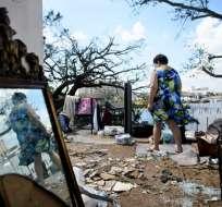 FLORIDA, EE.UU.- Más de 400.000 hogares y negocios estaban sin electricidad en Florida, según fuentes oficiales. Foto: AFP
