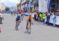 El recorrido empezó en la parroquia San Isidro y terminó en Tulcán. Foto: Tomada de @DeporteEc