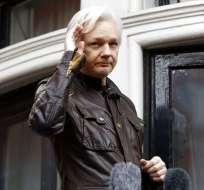 Assange vive recluido en la embajada de Ecuador en Londres. Foto: Archivo AP