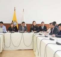 QUITO, Ecuador.- Fabricio Villamar compareció ante comisión que investiga a legisladora Norma Vallejo. Foto: Twitter
