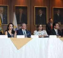 El ministro de Defensa Oswaldo Jarrín aclaró que hasta el momento se ha descubierto venta de munición. Foto: Asamblea