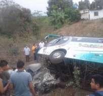 Accidente deja tres personas fallecidas en Los Ríos. Foto: Twitter