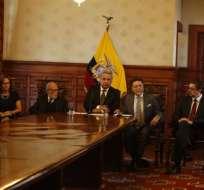 ECUADOR.- El presidente Moreno hizo anuncio tras reunión con miembros de otras funciones del Estado. Foto: API
