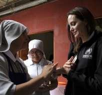 LIMA, Perú.- Actriz se reunió con el presidente de Perú, Martín Vizcarra, para tratar migración venezolana. Foto: AFP.
