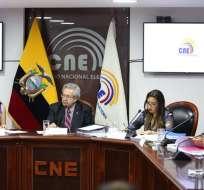 QUITO, Ecuador.- Tres de los consejeros transitorios conforman el listado del concurso del CPCCS. Foto: Twitter