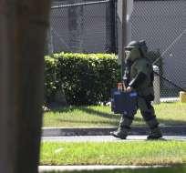 La policía envió a una brigada antibombas y el paquete fue retirado. Foto: AFP