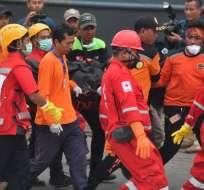Equipo indonesio de búsqueda y rescate Foto: AFP
