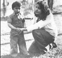 Luis Recabarren con su madre, Nalvia.