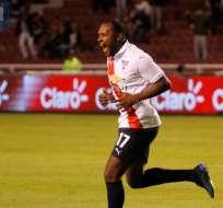 QUITO, Ecuador.- Juan Luis Anagonó es el máximo goleador del equipo 'albo' en esta temporada. Foto: API