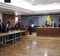 QUITO, Ecuador.- De ser llamados, el expresidente y Pablo Romero no podrían ser juzgados en ausencia. Foto: Twitter