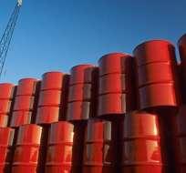 EE.UU.- El WTI, crudo de referencia en EE.UU., bajó a $59,28 cuando estaba a $76,90 por barril. Foto: Archivo