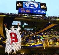 El fantasma de la B es un personaje de la barra brava de Boca en referencia al descenso de River en 2011.