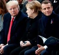El rey de Marruecos Mohammed VI, Melania Trump, Angela Merkel, Emmanuel Macron y su esposa Brigitte.
