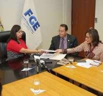 QUITO, Ecuador.- Según Elizabeth Cabezas, los mensajes amenazantes obedecen a últimas actuaciones del Legislativo. Foto: Twitter