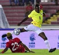 PANAMÁ, Panamá.- La 'Tricolor' supero 2-1 a Panamá en el estadio Rommel Fernández de ese país. Foto: AFP.