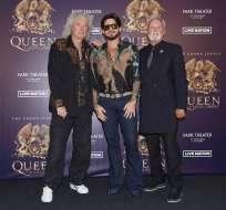Brian May, Adam Lambert y Roger Taylor durante una conferencia de prensa en Las Vegas. Foto: AP