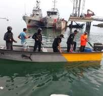 TACHINA, Ecuador.- Dos personas fueron detenidas en un operativo ejecutado por la Armada. Foto: Cortesía.