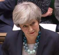 Theresa May anuncia aplazamiento de votación parlamentaria sobre el Brexit. Foto: AFP