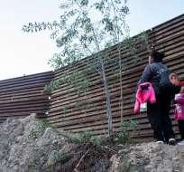 Dolor y resignación en familia de niña guatemalteca muerta en EEUU. Foto: AFP