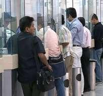 Medida se aplicó desde 2012 para contrarrestar robos de 'sacapintas' en las agencias. Foto: Captura.