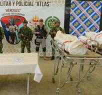 Los cuerpos de Guacho y Pitufín fueron trasladados en helicóptero a Tumaco.