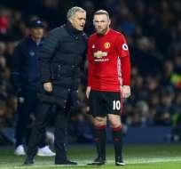 Rooney jugó trece temporadas en el club inglés, con Mourinho compartió dos de ellas. Foto: AFP