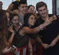 CIUDAD DE LA COSTA, Uruguay.- Griezzman arribó a Sudamérica para asistir al matrimonio de Diego Godín. Foto: AFP