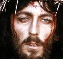 El rostro de Robert Powell interpretando a Jesús se convirtió en una imagen icónica.