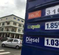ECUADOR.- El decreto que reduce el subsidio a las gasolinas Extra y Ecopaís, regula el costo de Súper. Foto: API