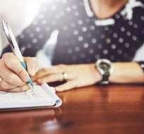 ¿Qué mejor manera de fijar y priorizar nuestras metas que haciendo una lista? Foto: Getty Images