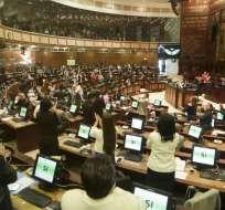 Decreto que dispone seguridad fue firmado por exmandatario Rafael Correa. Foto: Twitter