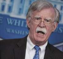 Nicolás Maduro acusó al consejero de Seguridad de EEUU de alentar un golpe de Estado. Foto: AFP