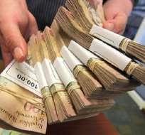 VENEZUELA.- la cotización fue fijada en 3.200 bolívares por dólar frente a 3.188,62 del sitio web dolartoday.com. Foto: Archivo